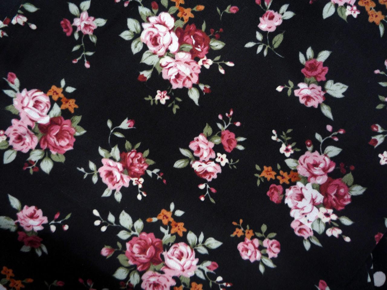 fleurs tissu trouvez le meilleur prix sur voir avant d 39 acheter. Black Bedroom Furniture Sets. Home Design Ideas